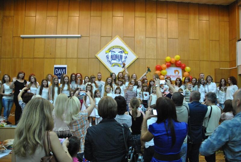 Red Hair Day: У Мукачеві вперше влаштували парад рудих (ФОТО, ВІДЕО)