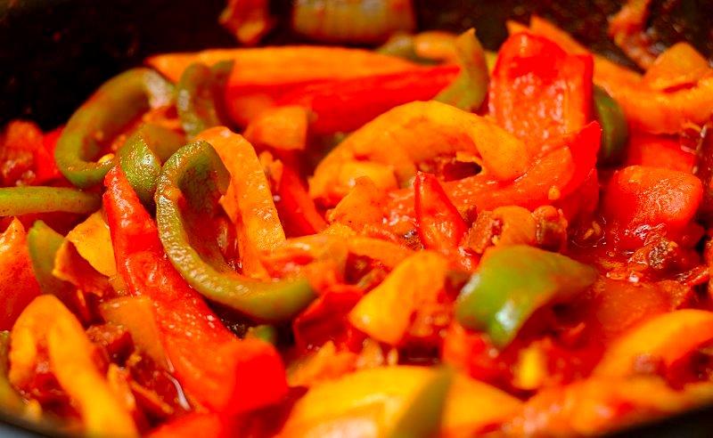 Бограч, голубки, токан: ТОП-10 автентичних страв Закарпатської кухні фото 1