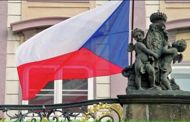 На замітку закарпатцям: Чехія може закрити кордони на 2 роки