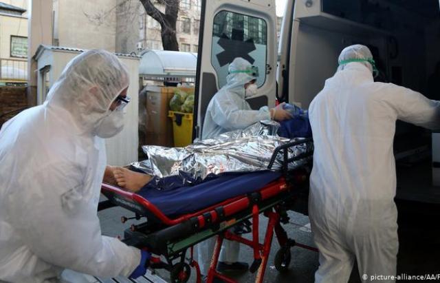 Мукачівку, в якої попередньо встановлено коронавірус, доставлено до обласної інфекційної лікарні