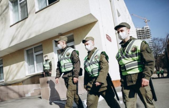 Нацгвардія взяла під охорону інфекційну лікарню в Ужгороді
