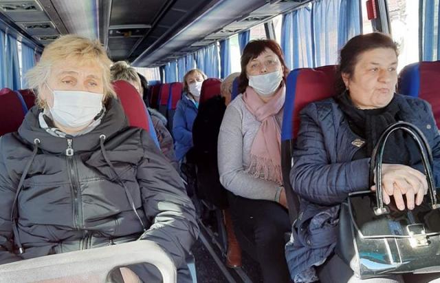 В Мукачеві запустили спецрейси для медичних працівників (ФОТО)