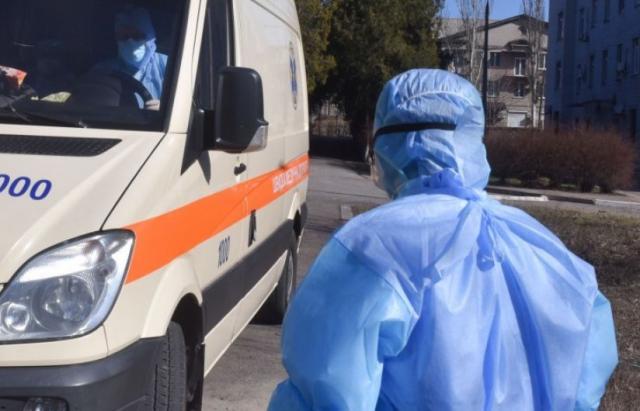 В Україні зафіксовано 942 випадки коронавірусу. З них 24 на Закарпатті