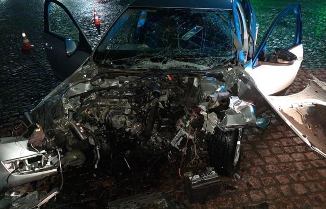 У Мукачеві трапилася смертельна ДТП. Померла молода дівчина (ФОТО)
