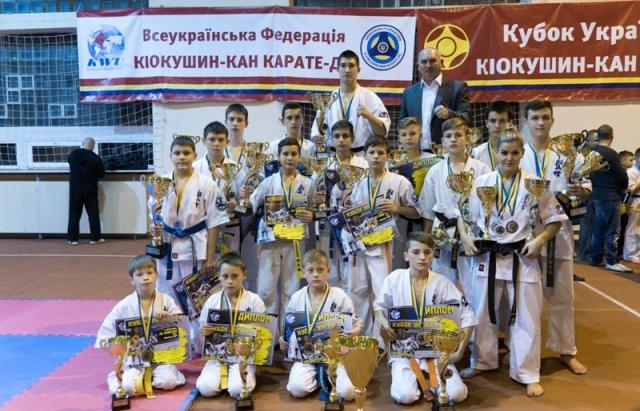 Молодці! Мукачівці вибороли 21 нагороду на Кубку України з Кіокушин-кан карате