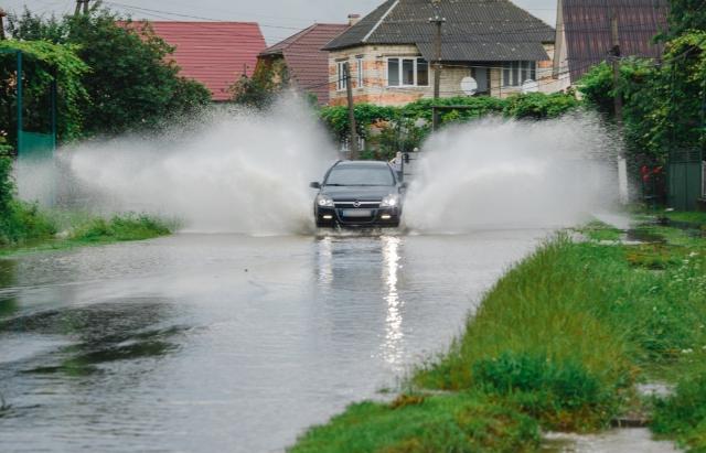 Сильна злива на Іршавщині вдруге підтопила село (ФОТО)