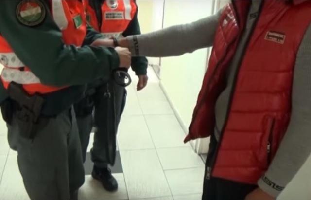 В Угорщині затримали 15 осіб, які займалися контрабандою на кордоні (Відео)