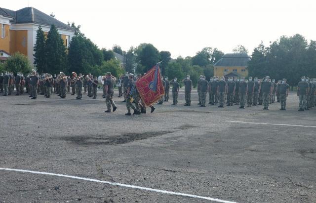 У Мукачеві зустріли військовослужбовців 128 ОГШБр, які служили у зоні ООС (ФОТО, ВІДЕО)