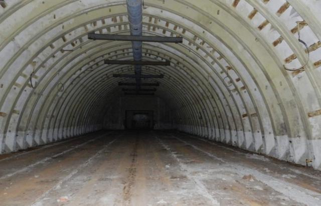 Покинуті ангари під Береговом, ймовірно, є рештками секретного аеродрому, про який звітувало ЦРУ