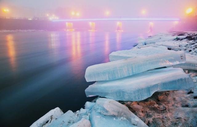 Льодохід на Закарпатті: топ-5 моторошних відео