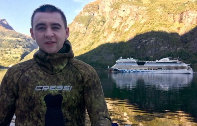 Юний закарпатець розповів, як працював кухарем на круїзному лайнері та подорожує світом (ФОТО)