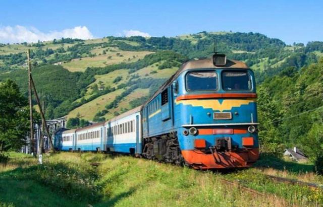 Поїзди із Закарпаття оминатимуть Тернопіль