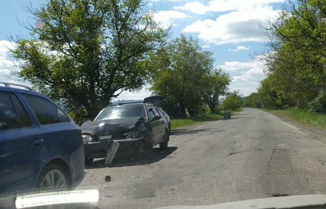Потрійна ДТП на Хустщині: не розминулися Ford, Skoda і ВАЗ (ФОТО, ВІДЕО)