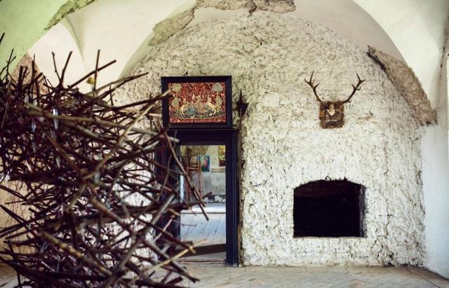 Чинадіївський замок Сент-Міклош: замок, що вирішив БУТИ !