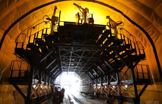 Новий Бескидський тунель: перший потяг проїде у 2018 році (ФОТО)