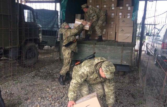 Спецоперація на Закарпатті: 25 обшуків у контрабандистів та прикордонників, 2-м оголошено підозру (ФОТО)
