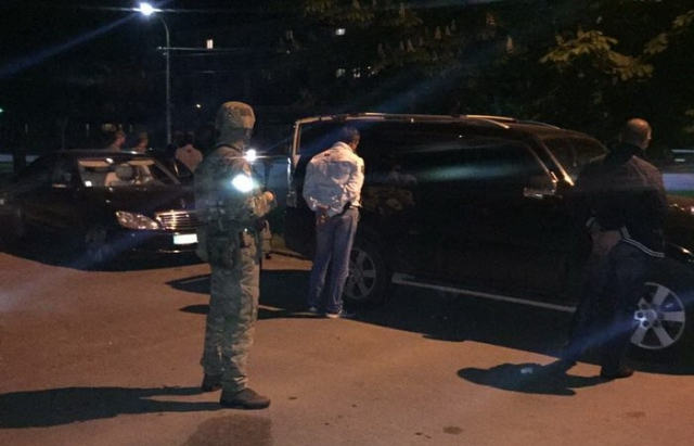 СБУ оприлюднила оперативне відео затримання злочинців у Боздошському парку в Ужгороді (ФОТО, ВІДЕО)