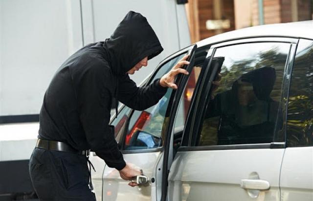 Закон підписано: тепер за викрадення авто тільки саджатимуть