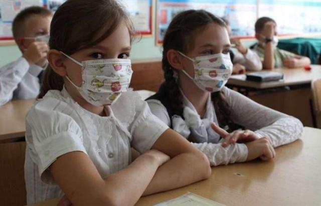 Школи Іршавщини відмовилися йти на дострокові канікули