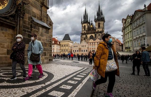 Чехія закрила кордони: обмеження планують продовжити ще на місяць