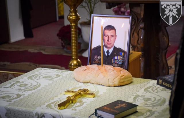 Бійці 128-ї закарпатської бригади провели панахиду за комбригом Коростельовим (ФОТО)