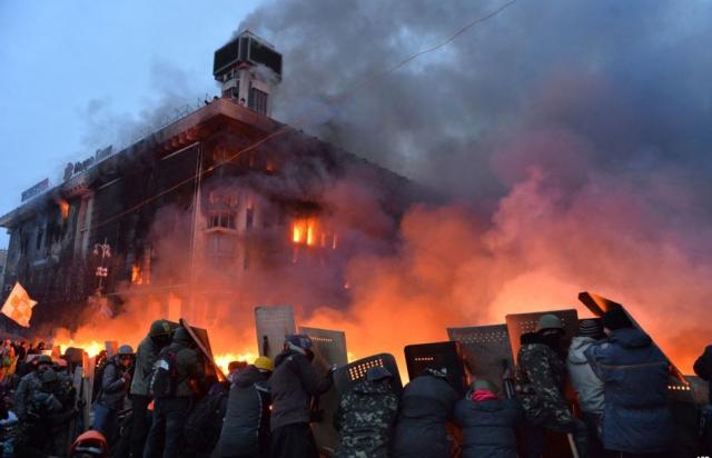 В Україні вшановують Героїв Небесної Сотні