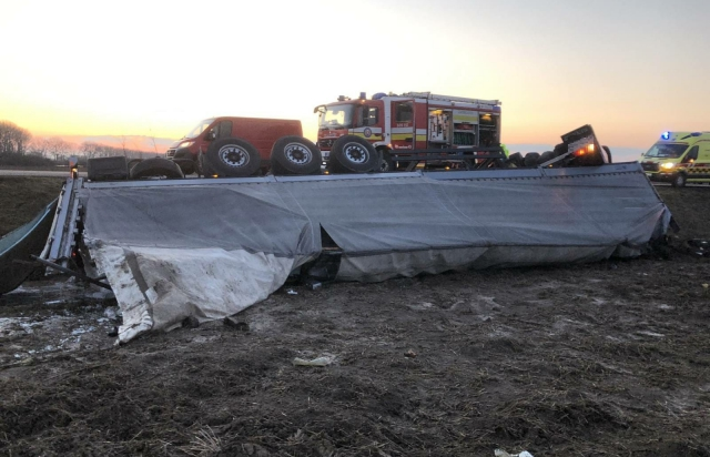 ДТП у Словаччині: Загинув молодий водій фури з України (ФОТО)