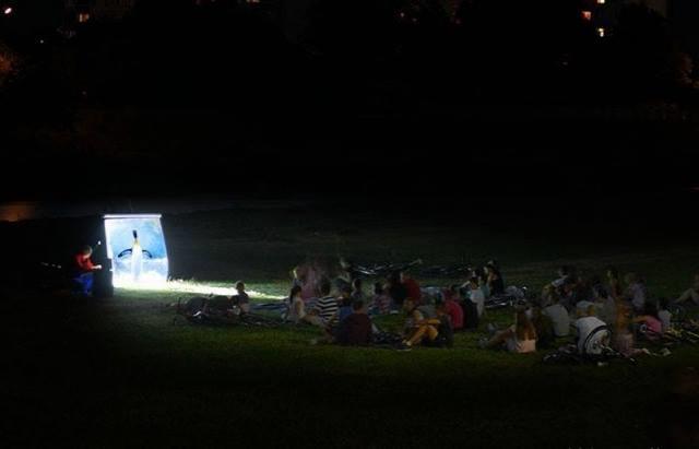 Кіно просто неба повертається у Мукачево