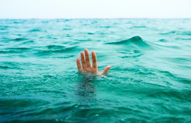 Чергова смерть на воді: у кар'єрі під Мукачевом втопився 36-річний чоловік