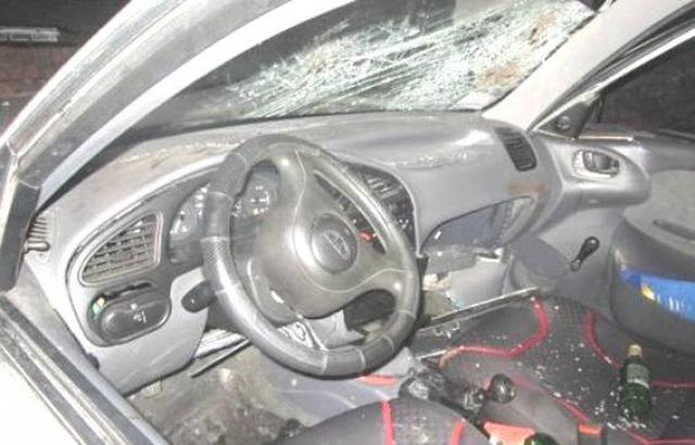 Жахлива ДТП у Мукачеві: Lanos розірвало практично навпіл. Пасажир у реанімації (ФОТО, ОНОВЛЕНО)