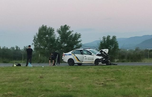 ДТП поблизу Сваляви: внаслідок зіткнення є постраждалі (ФОТО, ВІДЕО)