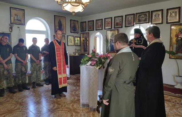 Сьогодні попрощались з загиблим в ООС бійцем з Мукачева (ФОТО)