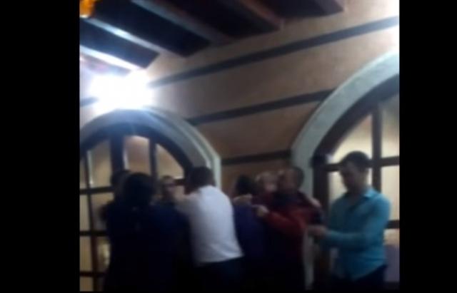 На Свалявщині 2 депутата влаштували п'яну бійку зі зброєю (ВІДЕО)