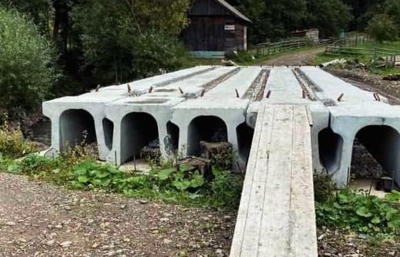 Негода на Закарпатті: Відрізаними від цивілізації залишилося близько 30 житлових будинків
