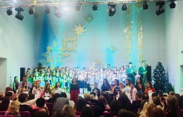 У Мукачеві стартував один з найбільших вокальних фестивалів Закарпаття