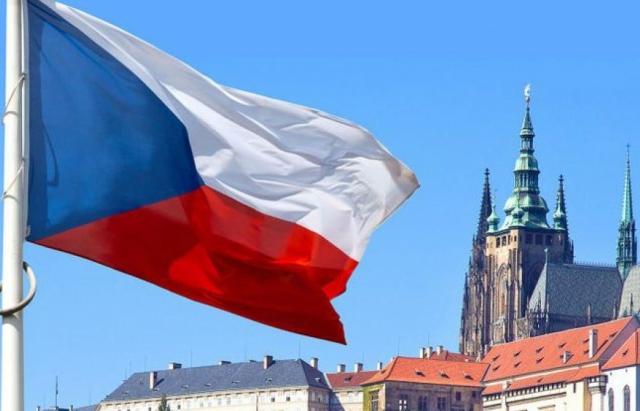 Чехія збільшує видачу дозволів на роботу для українців