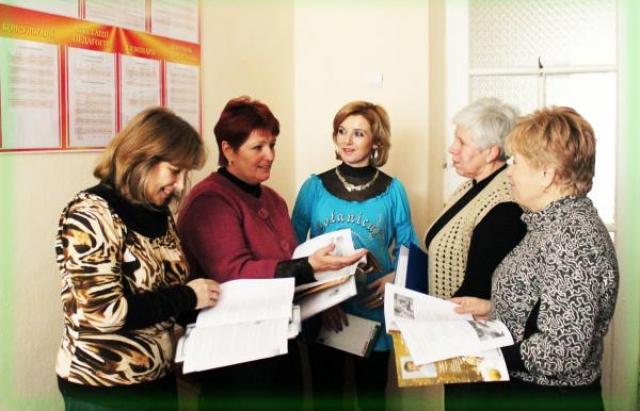 Гриневич обіцяє підвищення зарплати не тільки вчителям, але й вихователям ДНЗ