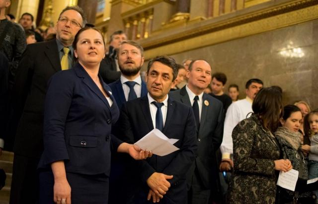 30% закарпатських угорців з подвійним громадянством обирають для заробітків Чехію
