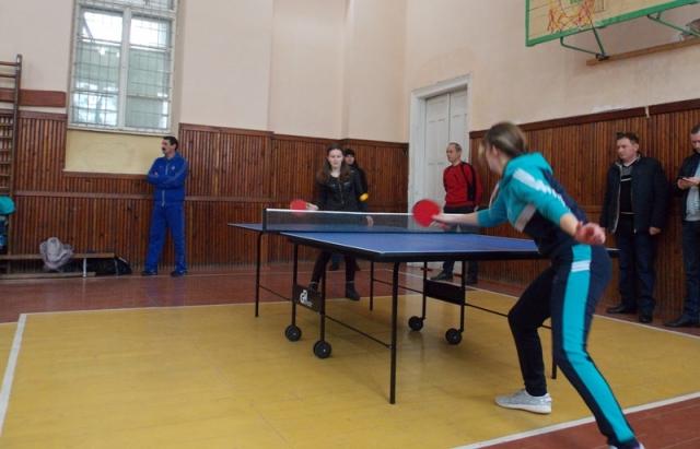 У Виноградові провели першість міста з настільного тенісу (ФОТО)