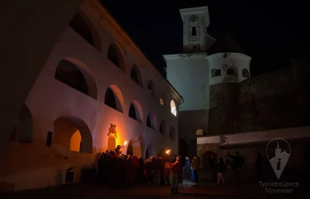 Подарунок на 8 березня: Мукачівкам розкажуть про видатних жінок замку Паланок