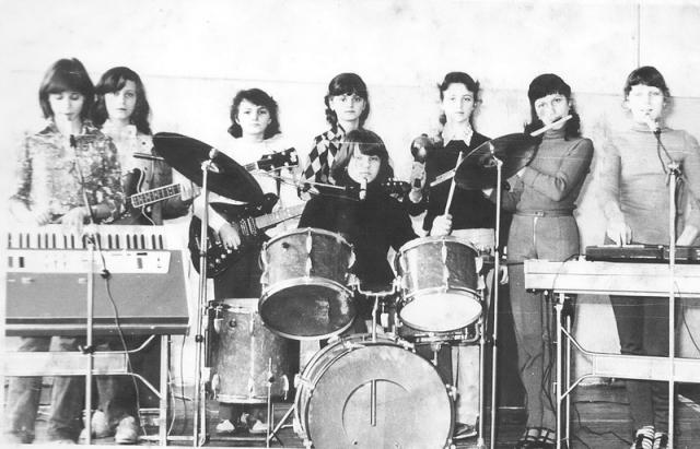 Бітлз у спідницях: у Мукачеві колись грав жіночий гурт «Дріада»