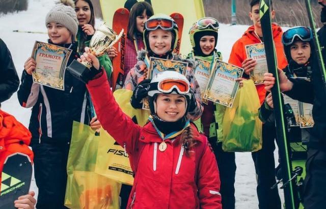 Серед школярів Мукачева влаштують змагання з слалому