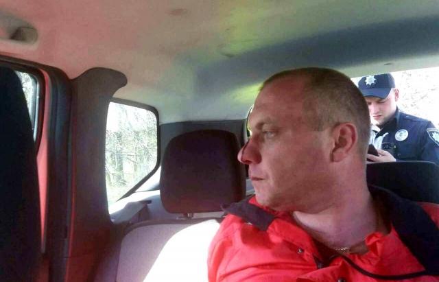 Аварія на Берегівщині: Поліцейське службове авто злетіло з дороги (ФОТО, ВІДЕО)