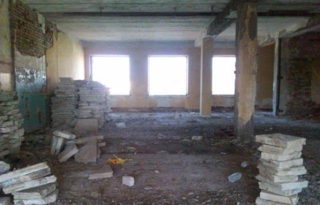Трагедія у Берегові: у соцмережах шукають відповідальних за покинуті будівлі, де гинуть діти