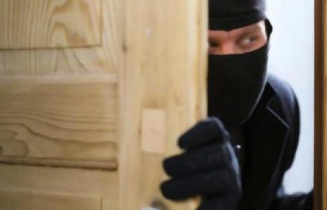 Зірвав куш: На Іршавщині злодій виніс з хати підприємця добра на 1,5 мільйони