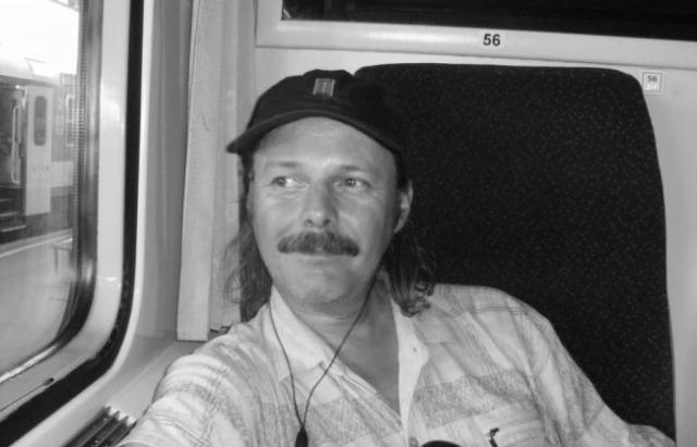 Помер закарпатський журналіст, який писав для багатьох угорських ЗМІ