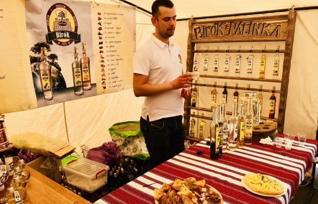 Hungary Fest на Закарпатті: палинка, традиційні страви і танці (ФОТО, ВІДЕО)