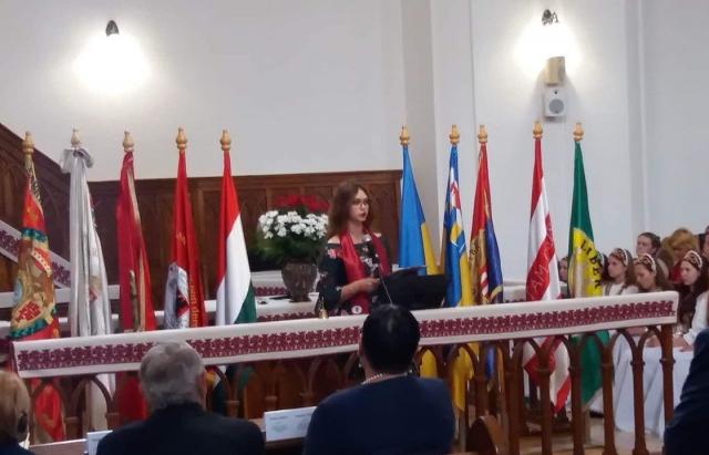 У Берегові вручають дипломи в угорському інституті. На урочистостях - Клімкін, Сійярто і Гриневич (ФОТО)