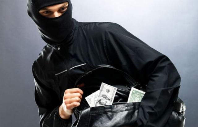 Спроба пограбування банку на Закарпатті: У ПриватБанку розповіли подробиці