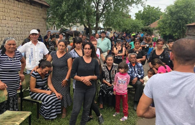 На Мукачівщині поховали рома, якого жорстоко вбили під Львовом (ФОТО)